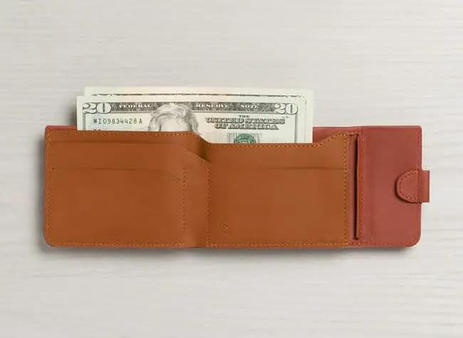 3 bellroy wcfa tamarillo texture us bellroywebsite 01 - GEEK ALERT : Bellroy Coin Fold Wallet Review
