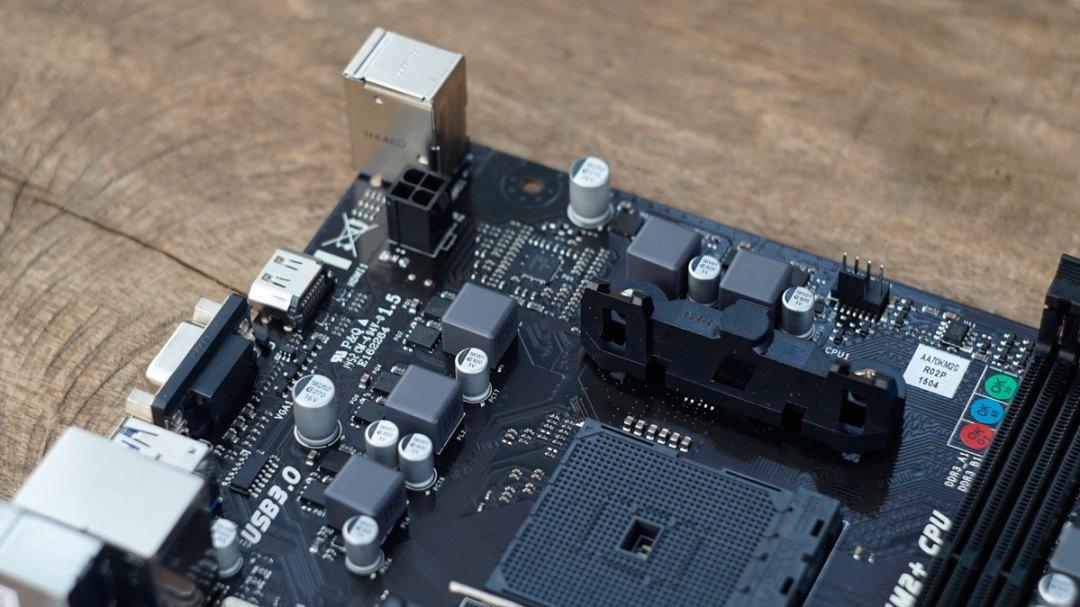BIOSTAR Hi-Fi A70U3P (5)