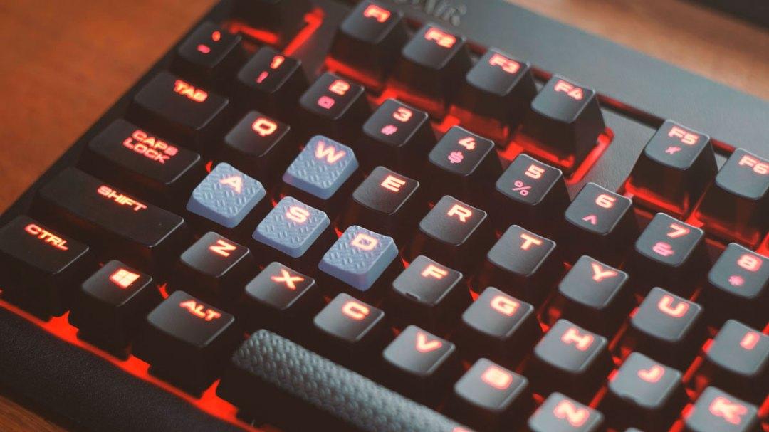 Corsair Strafe Mechanical Keyboard (12)
