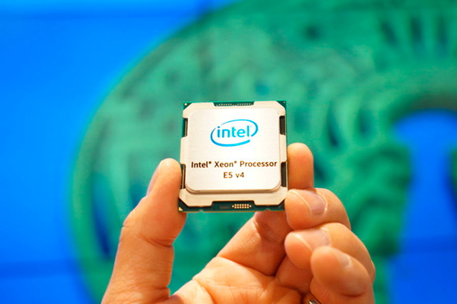 Intel Xeon E5 2600 22 Core News (3)