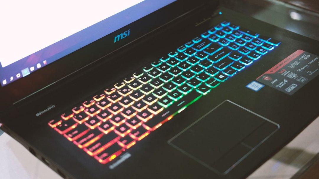 msi-ge72vr-gaming-notebook-17