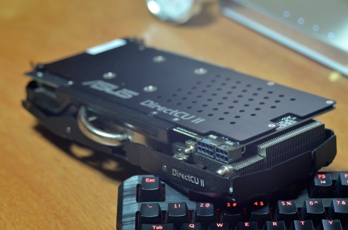 ASUS Radeon R9 290X DirectCU II OC (6)