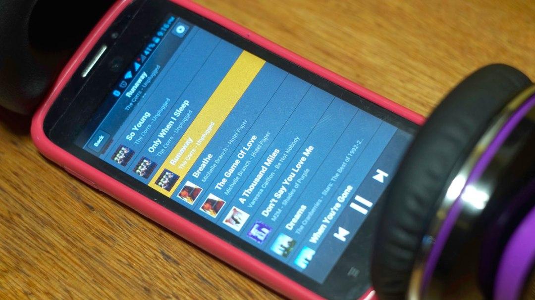 Andromedia Intense M Wireless Bluetooth Headset (14)