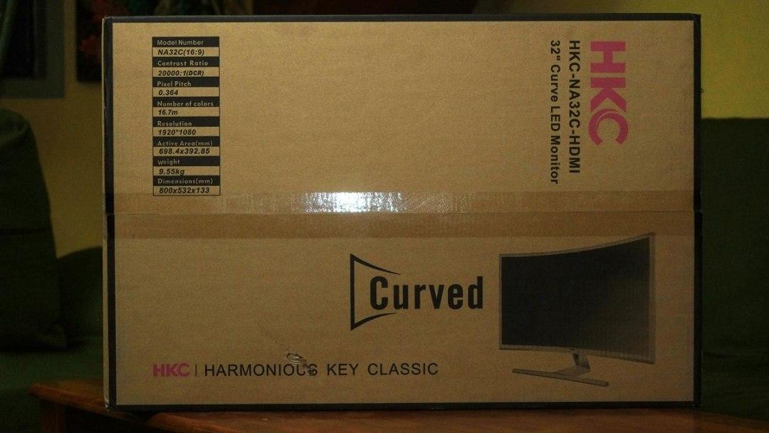 HKC NA32C Curved Display (1)