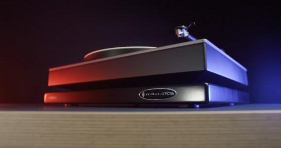 IsoAcoustics bietet ausgezeichnete Geräteentkopplung zur optimalen Klangentfaltung