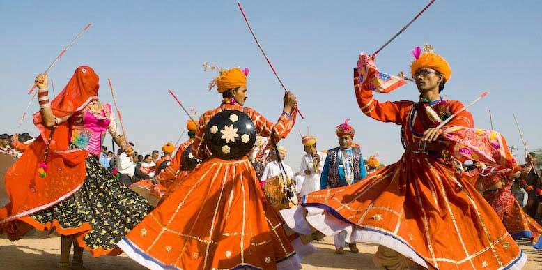 Tips for renting a car to Jaisalmer Desert Festival2