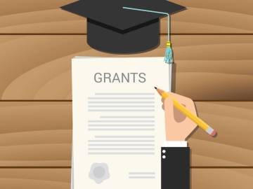 How to Be a Grant Writer at Home
