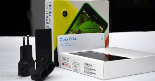 lumia-630-unboxing-1