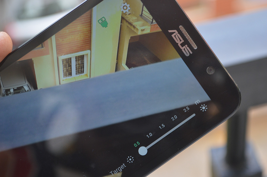 Asus-ZenFlash-camera-app-light-meter