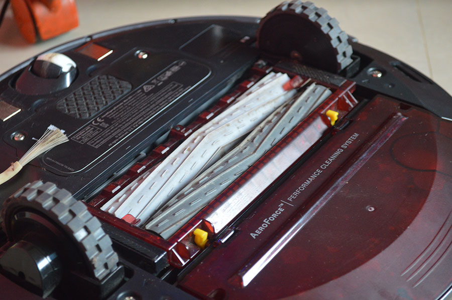 iRobot-Roomba-870-rear