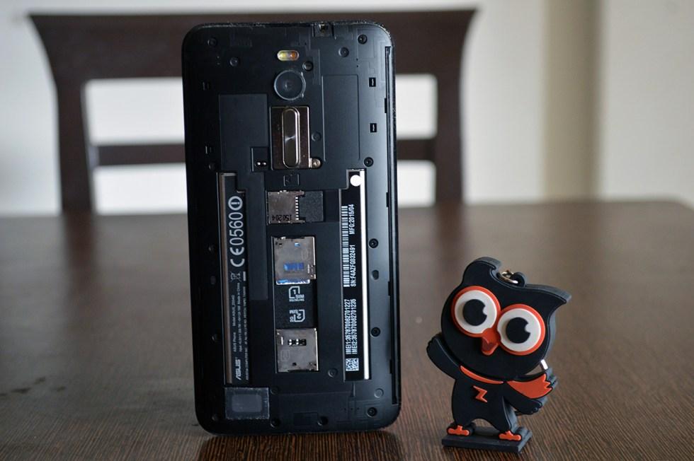 Asus-Zenfone-2-Deluxe-battery