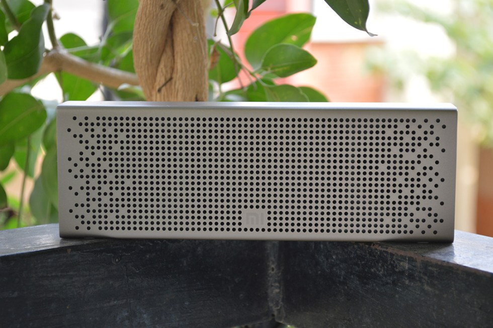 Mi-Bluetooth-speaker