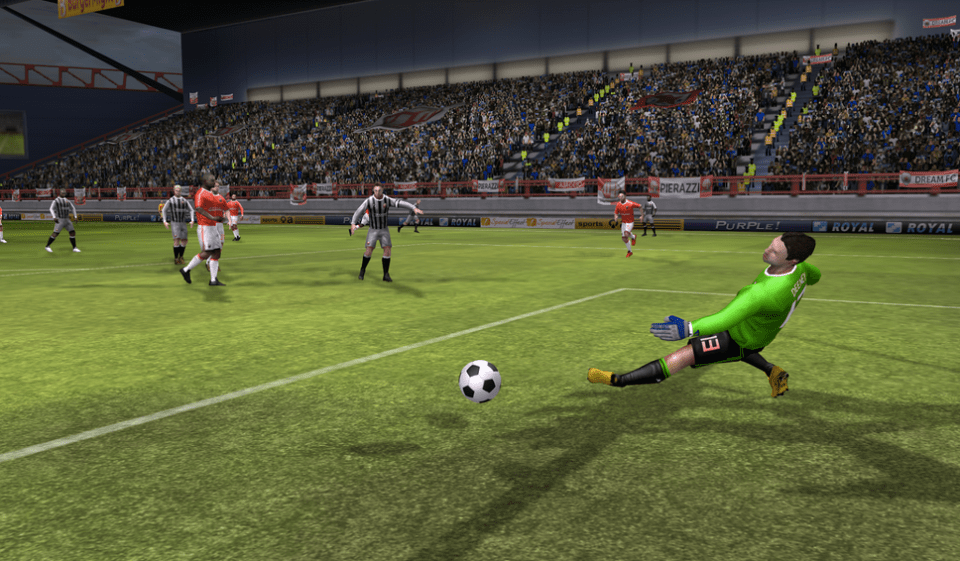 Dream League Soccer APK 4