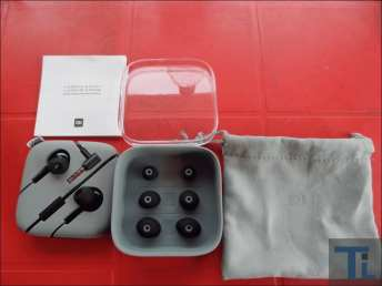 Xiaomi Noise Cancelling Earphones 18