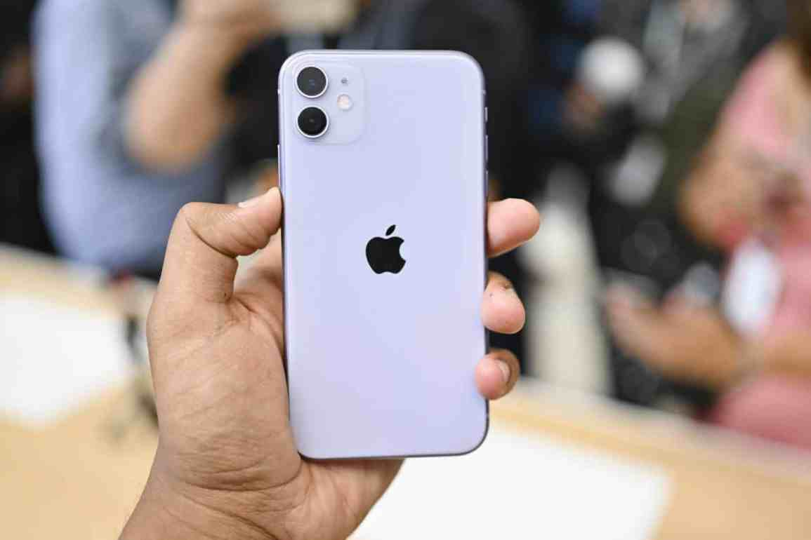 Apple iPhone 11 Early Impressions: Small changes, big move