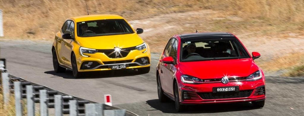 VW GTI ve Renault RS
