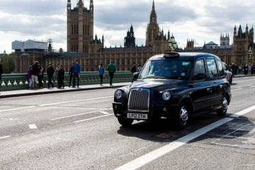 robot-taxis