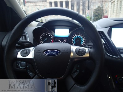 Ford Escape steering wheel allows drivers to keep their eyes on the road