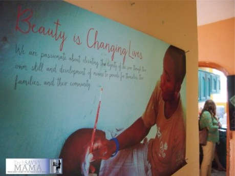 Beauty is Changing Lives- ApParent Project Poster