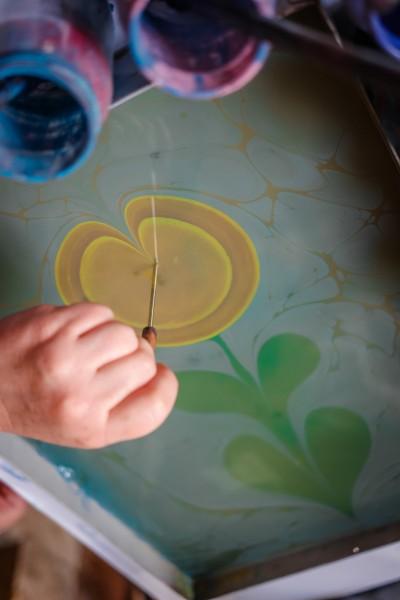 Ebru Marbling Process by Leticia Barr- TechSavvyMama.com