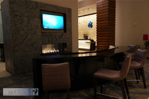Traveling to NYC? Why Your Family Should Stay at Homewood Suites New York/Midtown Manhattan Times Square . Spacious lobby with room to relax. Full review on TechSavvyMama.com