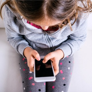 4 Ways to Know Your Child is Ready for a Smartphone