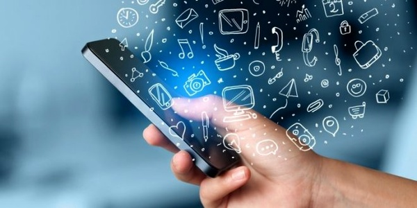 best mobile chat software or mobile messaging apps for java phone users