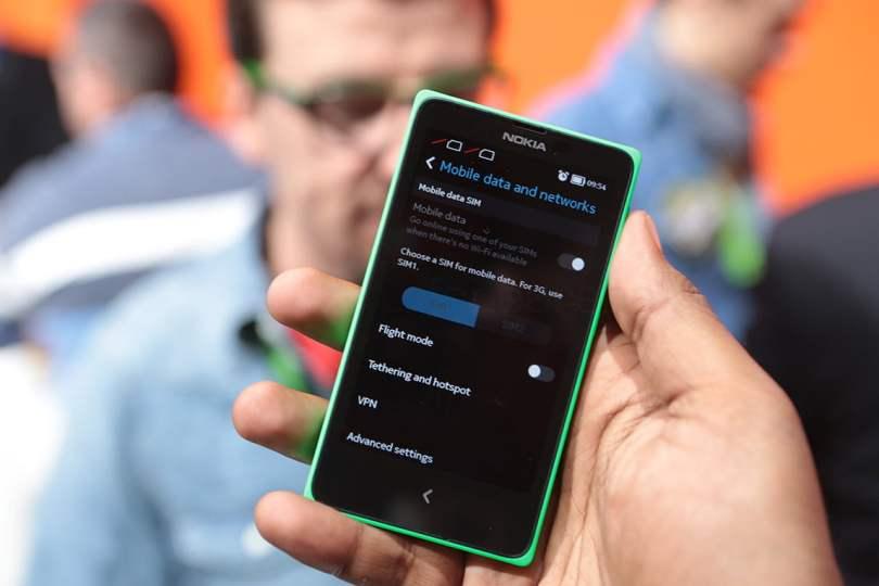 Nokia X+ specifications