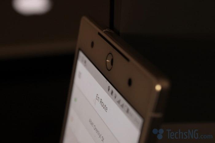 tecno camon c9 front facing camera view
