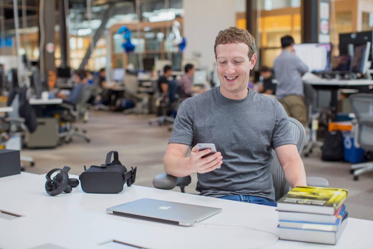 friendsday facebook inc