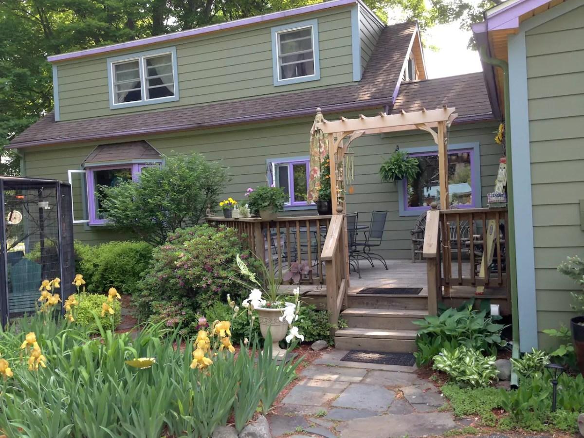 airbnb backyard homebuilding