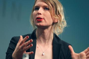 chelsea-manning-vs-the-US