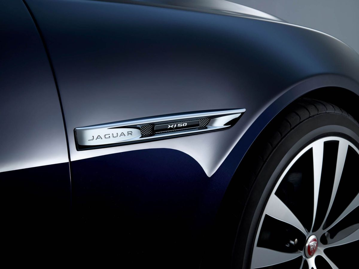 Jaguar XJ50 India on road