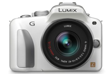 Panasonic Lumix DMC-G3 front view