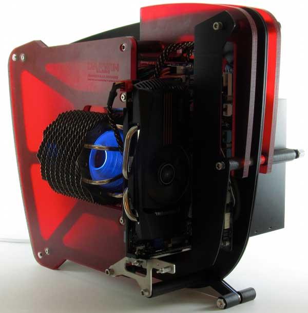 DarwinMachine Hammerhead HMR98905 computer - front-angle