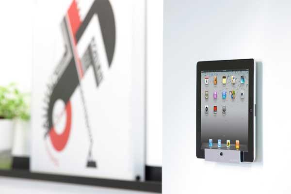 Just Mobile Horizon iPad mount