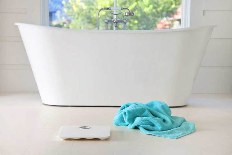 Fitbit-Aria-Scales-bathroom-lifestyle