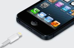 Apple iPhone 5 and its new Lightning connector