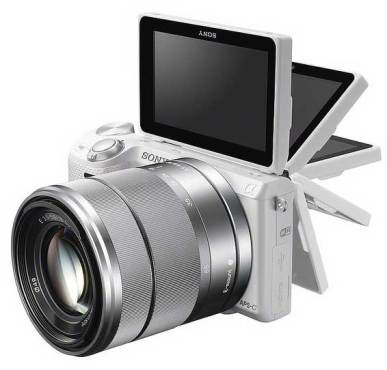Sony-NEX5R-flip-screen