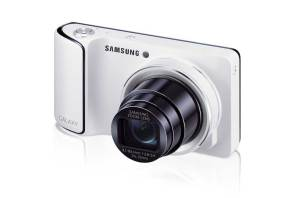 Samsung Galaxy Camera, white, front angle
