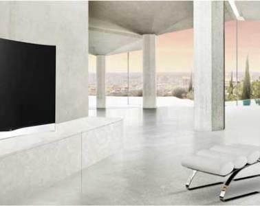 LG Curved OLED TV, lifestyle shot