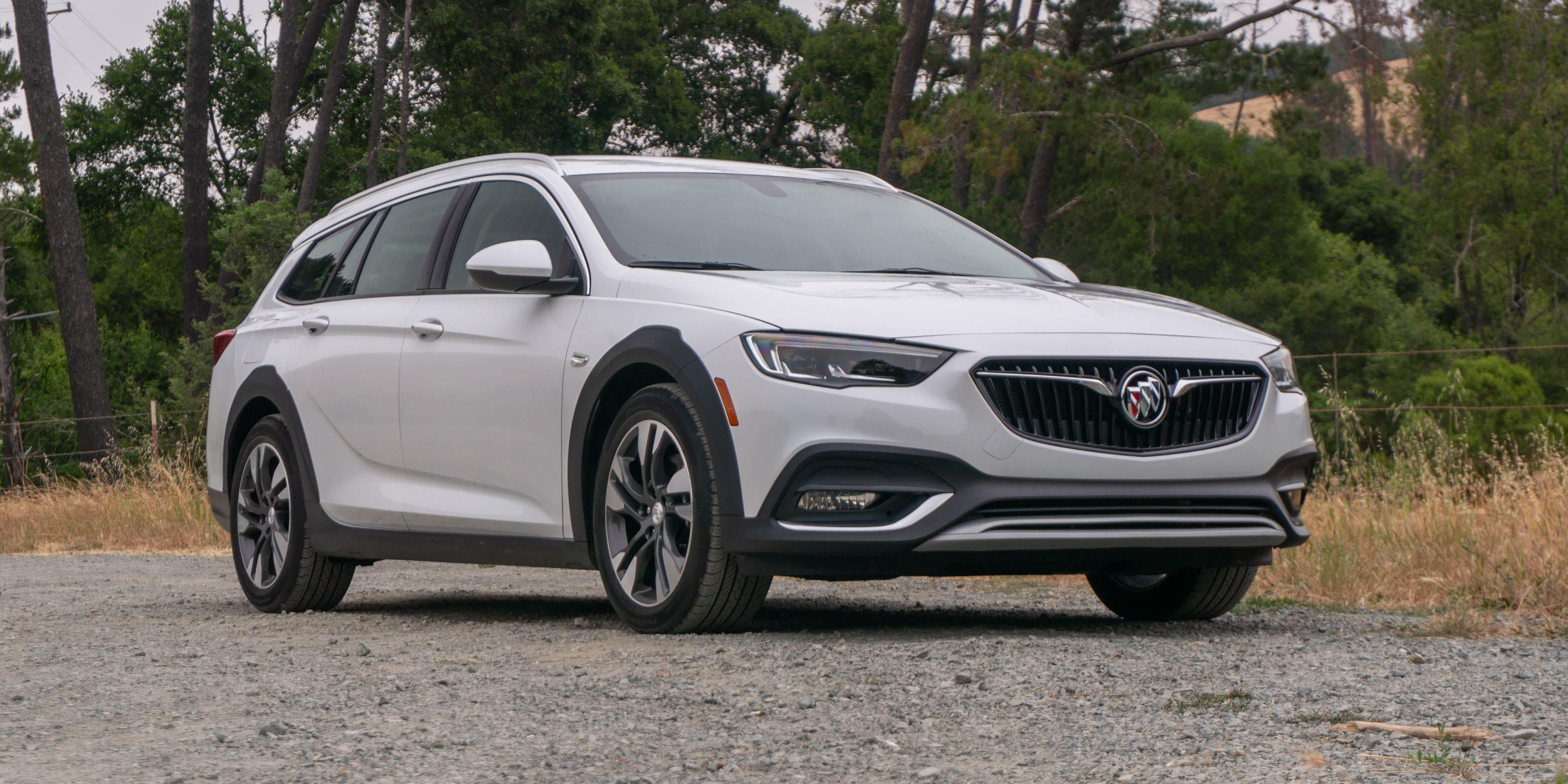 2018 Buick Regal TourX review: Stylish and solid, but not a great value | TechSwitch