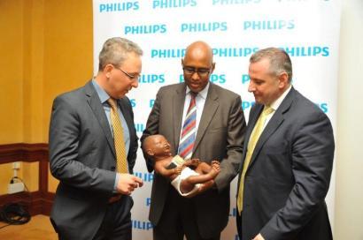 From right:Maartne van Herpen, Head of Philips Africa Innovation Hub, Adan Mohammed, Cabinet Secretary Ministry of Industrialization and Enterprise Development and JJ van Dongen, Senior Vice President & CEO Philips Africa