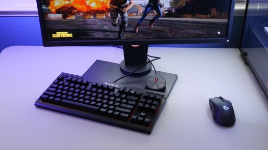 "XL2546, keyboard, mouse and ""S Switch"""
