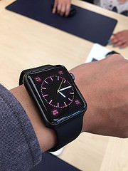 Apple-Watch-try-on