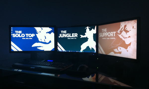 30 Coolest and Inspiring Multi monitor Gaming setups