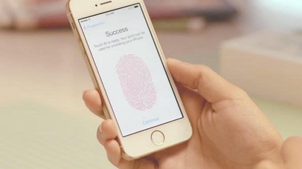 fringer-print-scanner-on-iphone-5S