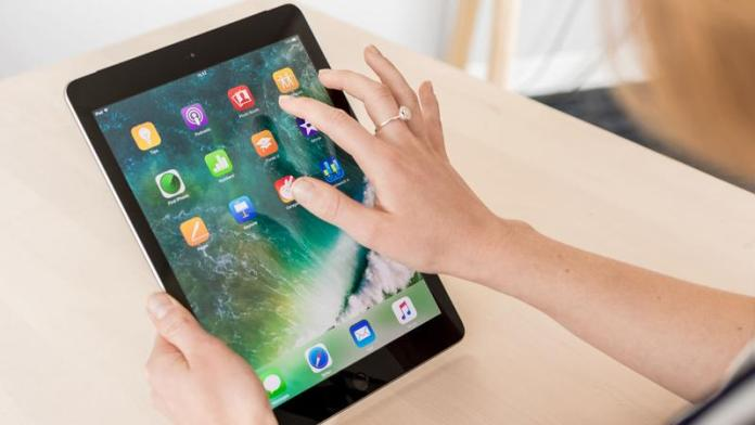 New iPad 2017 review: Screen
