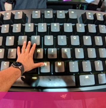 Razer built a mechanical keyboard the size of a table