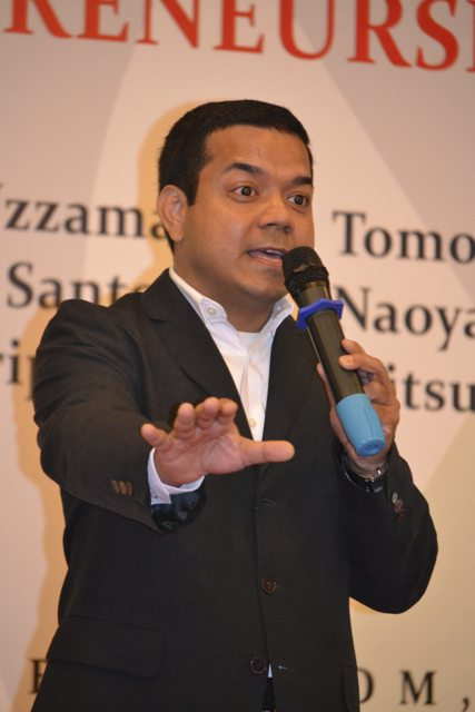 日本人に告ぐ、アニス・ウッザマン氏が日本語で書き上げた「スタートアップ・バイブル、シリコンバレー流・ベンチャー企業のつくりかた」 [書評] 【増田 @maskin】 @anis_uzzaman